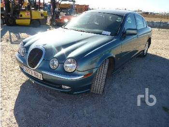 Automobil JAGUAR S TYPE 3.0