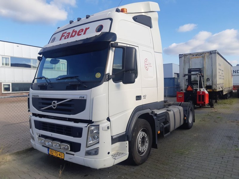 cap tractor Volvo FM 410 EEV 4X2